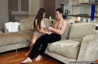 Девушки наслаждаются ласками и чувственным сексом 2709