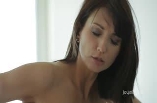Девушки наслаждаются ласками и чувственным сексом 2716