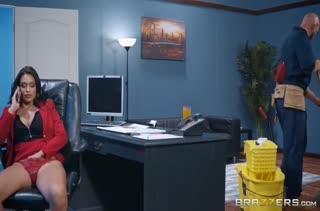 Порно видео с большими сиськами 2594 скачать бесплатно