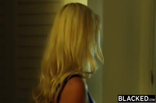 Порно видео на телефон с блондинками 454