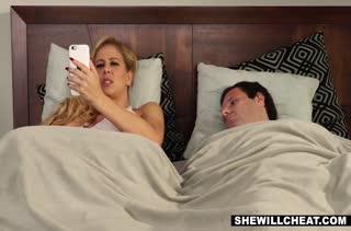 Красивое порно видео с милыми блондинками 469