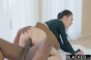 Порно видео с аппетитными брюнетками бесплатно 2266