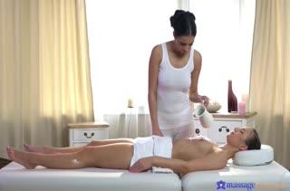 Порно видео снятое в массажном кабинете 524