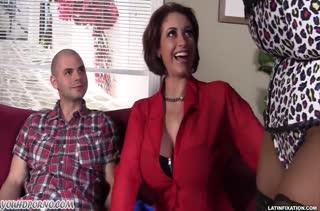 Порно видео зрелых женщин 2447 бесплатно