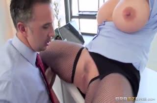 Порно видео снятое прямо на работе 2932