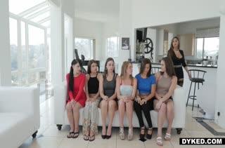Горячее порно видео с девушками в чулках 1137