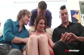 Горячее порно видео с девушками в чулках 2612